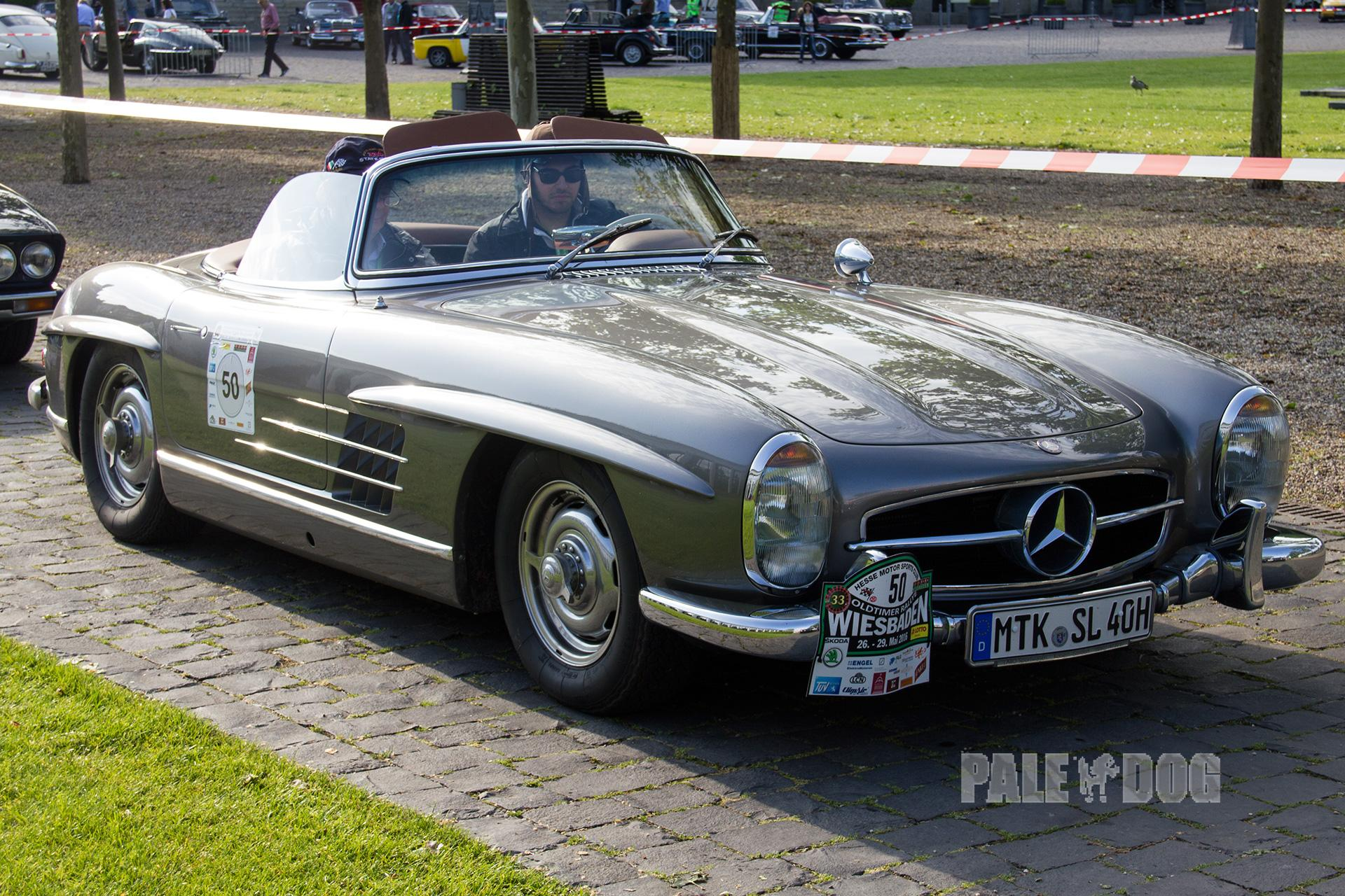 1961 mercedes benz 300 sl roadster front view 1960s for Mercedes benz 300 sl roadster
