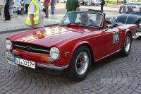 1970 Triumph TR 6 Roadster (front view)