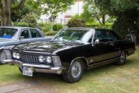 1964 Buick Riviera (front view)