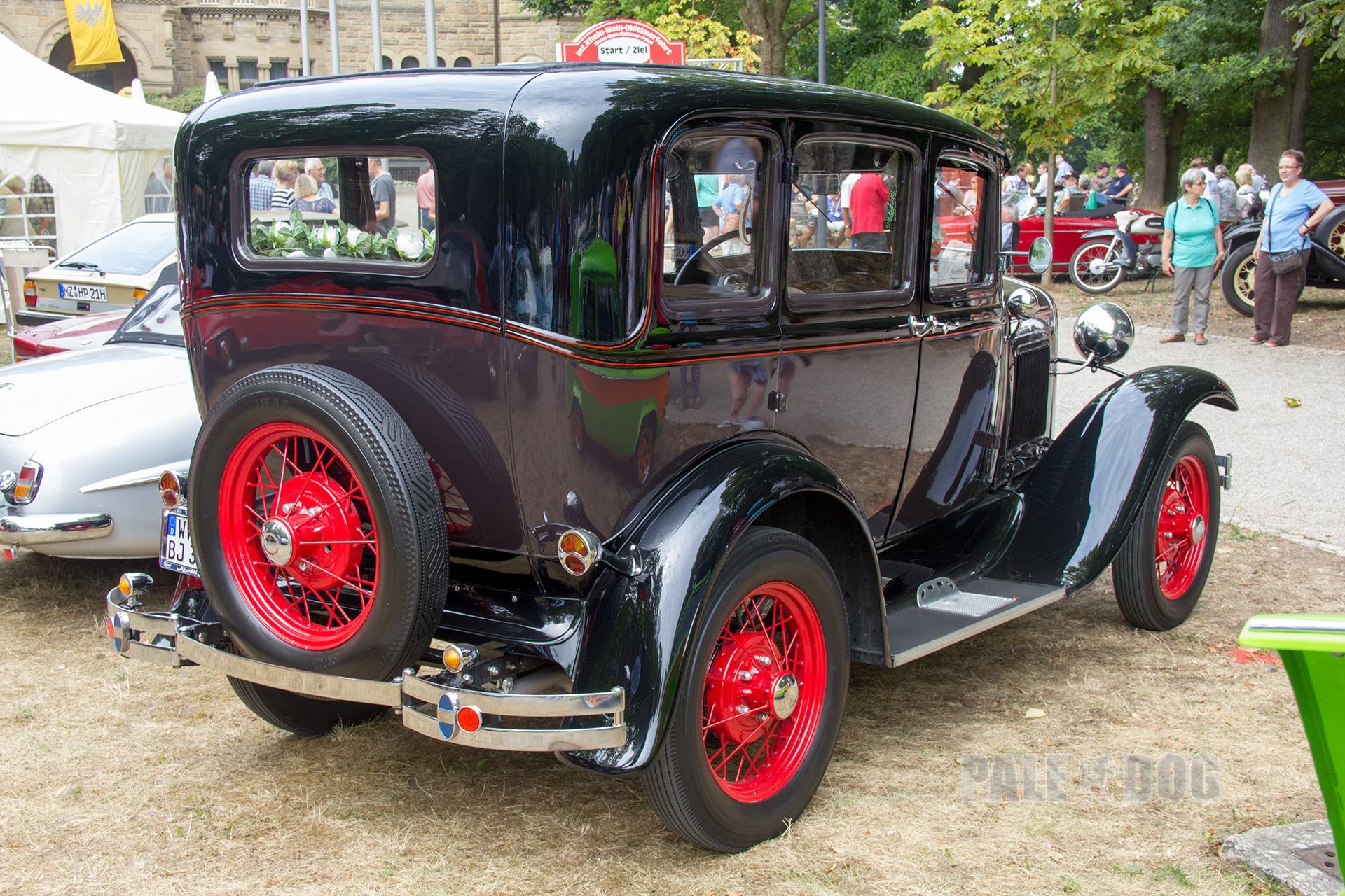 E D Dfd D Ccc E D Ford Model A Sedan Rear Full Paledog