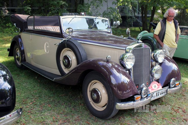 1937 Mercedes-Benz 230 Cabriolet B (front view)