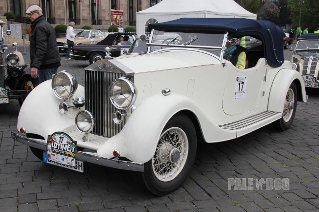 1938 Rolls-Royce 25/30 HP Open Tourer (front view)