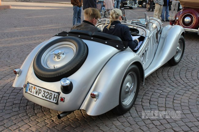 1938 BMW 328 Roadster (rear view)