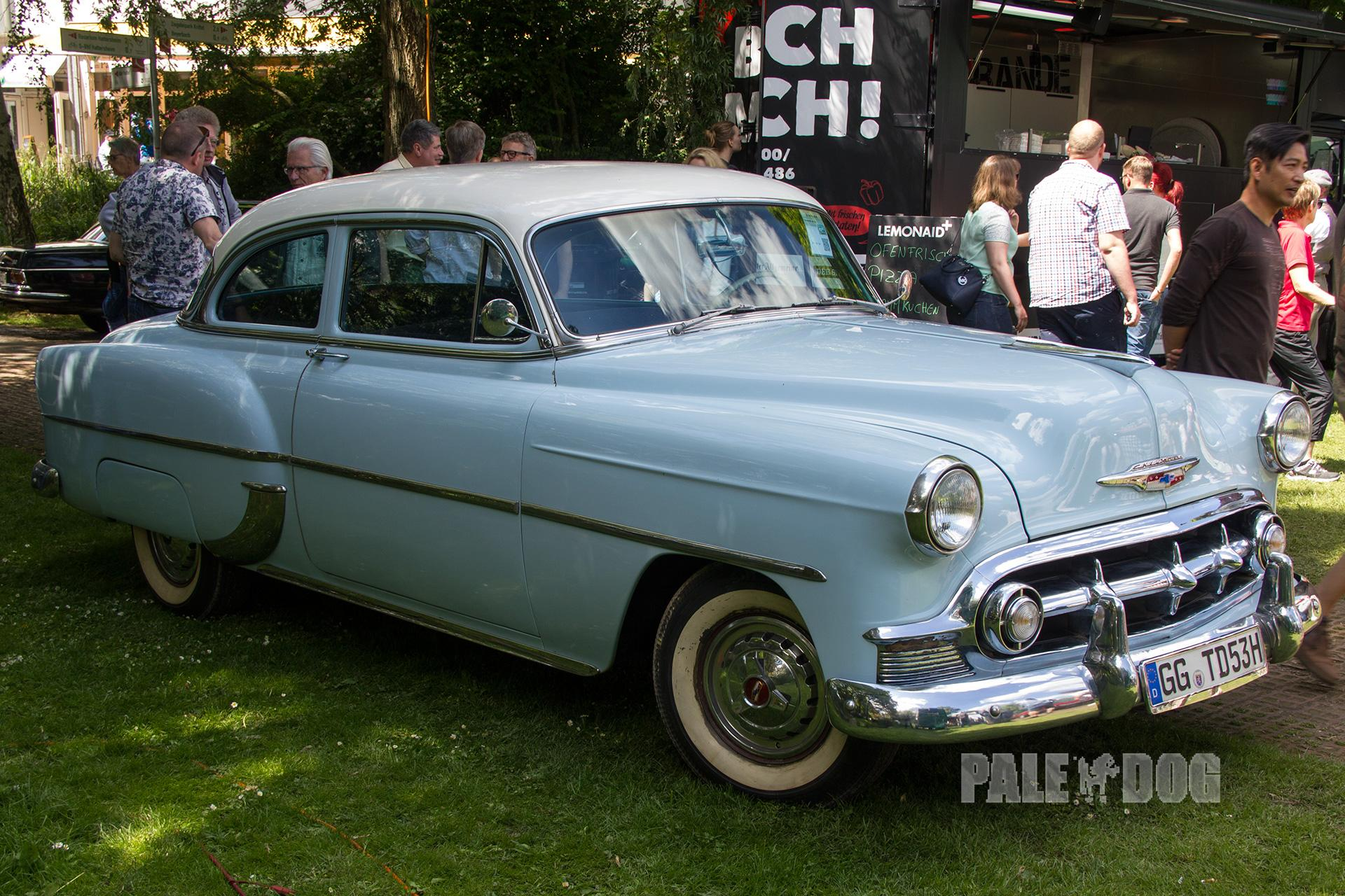 1953 chevrolet bel air sedan front view post war for 1953 chevrolet belair 4 door sedan