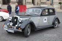 1946 Rover 16 Sports Saloon (front view)