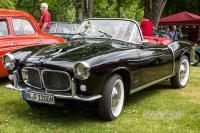 1957 Fiat 1200 Spyder (front view)