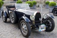1927 Bugatti Type 43 Grand Sport (front view)