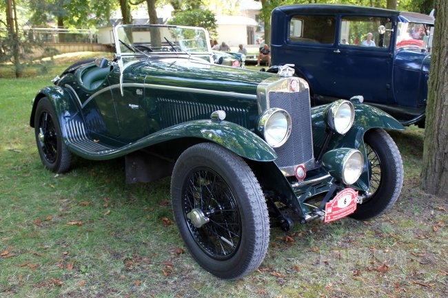 1928 Lea-Francis Hyper Roadster (front view)