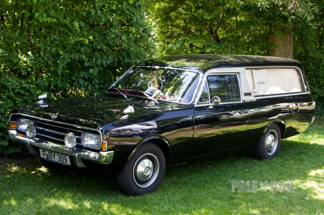 1970 Opel Rekord C Hearse by Pollmann (front view)