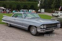 1961 Cadillac Series 62 Coupe (front view)