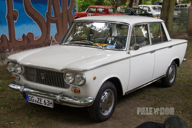 1963 Fiat 1300 (front view)