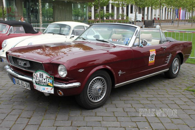 1966 Ford Mustang Convertible Coupe (front view)