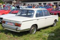 1969 BMW 2000 Limousine (rear view)