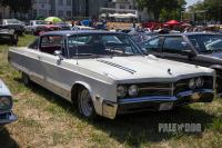 1967 Chrysler 300 Hardtop Coupe (front view)