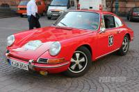 1965 Porsche 911 Coupé (front view)