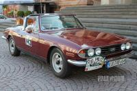 1976 Triumph Stag (front view)