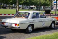 1971 Mercedes-Benz 200 (rear view)