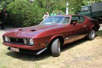 1973 Ford Mustang Mach 1 Fastback Coupe (front view)