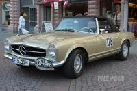 1971 Mercedes-Benz 280 SL (front view)