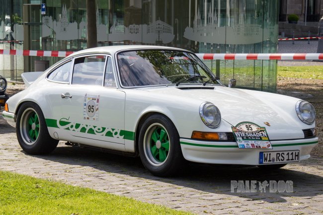 1973 Porsche 911 Carrera RS (front view)