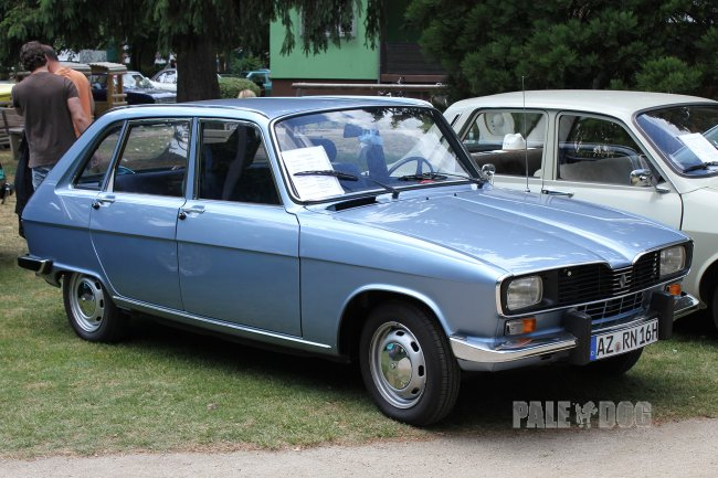 1977 Renault 16 TL (front view)