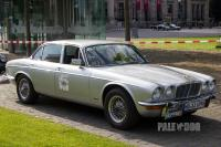 1979 Jaguar XJ6 4.2 (front view)