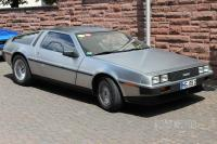 1982 DeLorean DMC-12 (front view)