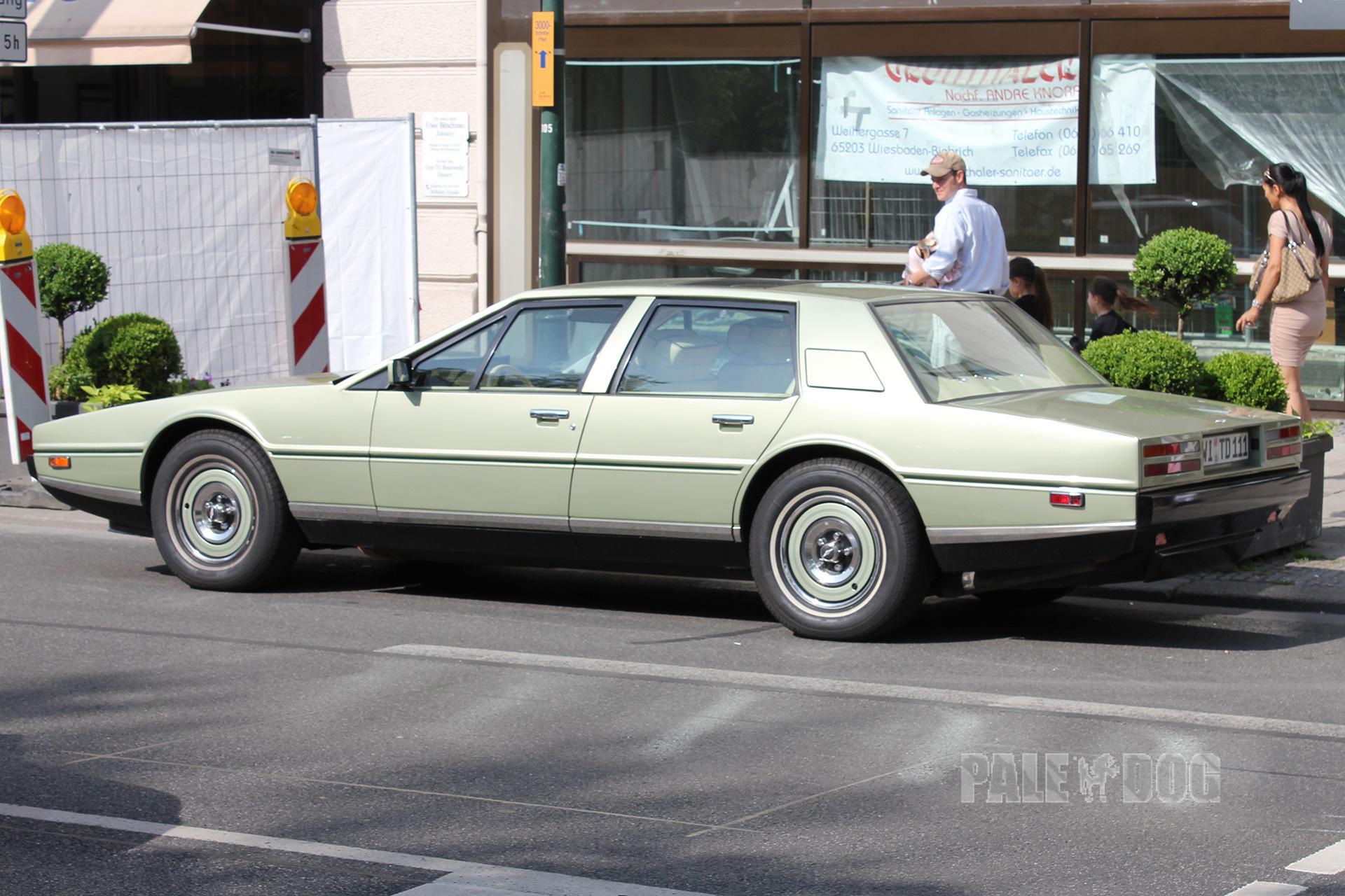 1983 Aston Martin Lagonda Rear View 1980s Paledog Photo Collection