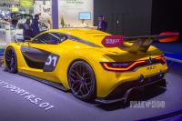 2014 Renault Sport R.S. 01 (rear view)