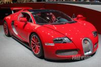 2011 Bugatti Veyron Grand Sport Red Edition (front view)