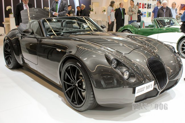 2011 Wiesmann Roadster MF5 (front view)
