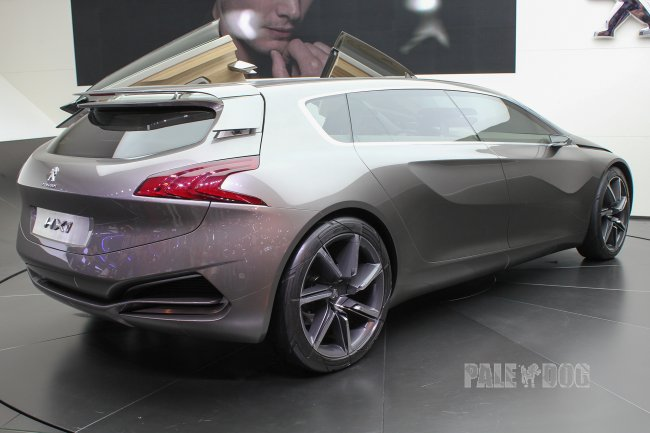 2011 Peugeot HX1 Concept (rear view)