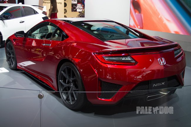 2015 Honda NSX (rear view)