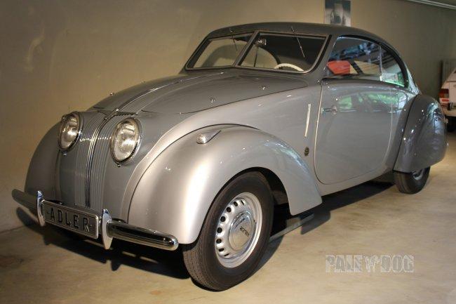 1938 adler 2 5 liter sport limousine front view post vintage paledog photo collection. Black Bedroom Furniture Sets. Home Design Ideas