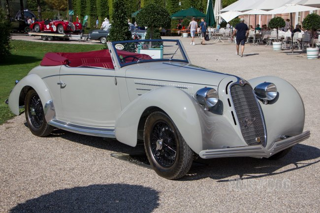 1938 Alfa Romeo 6C 2300B MM Graber-Cabriolet (front view)