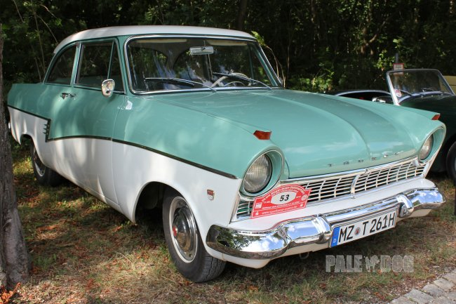 1960 Ford Taunus 17m P2 (front view)
