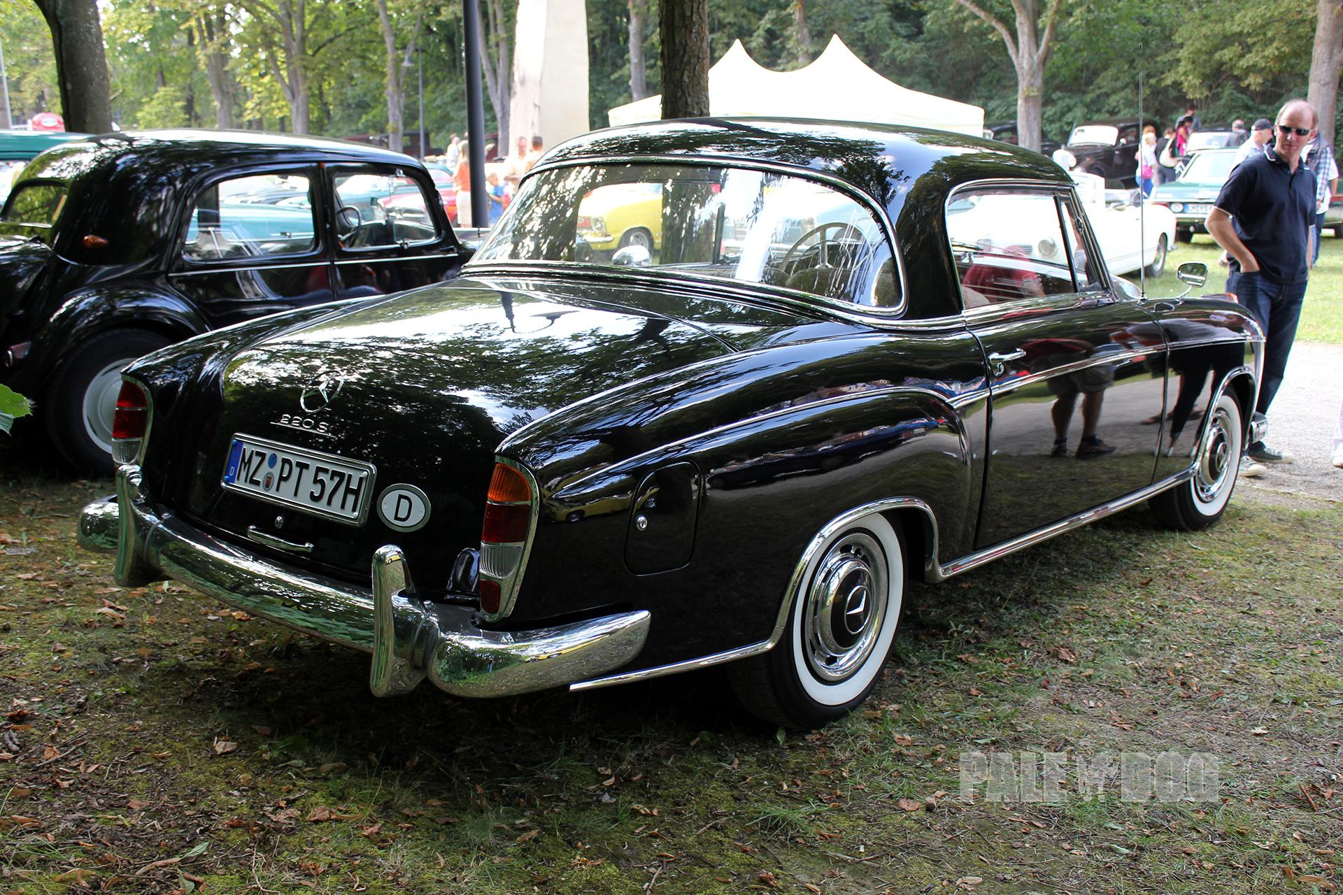 1957 mercedes benz 220 s coup rear view post war for 1957 mercedes benz 220s
