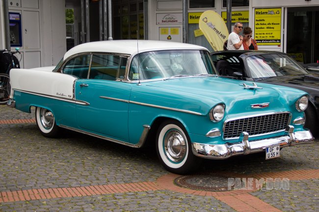 1955 Chevrolet Bel Air Hardtop Coupe (front view)