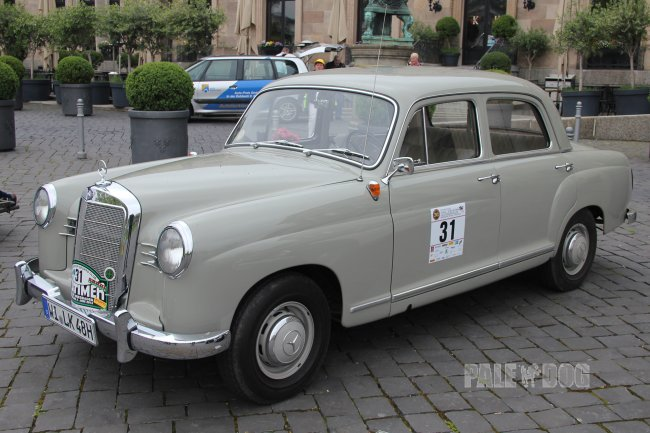 1956 Mercedes-Benz 190 (front view)