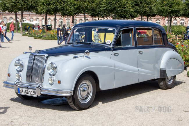 1955 Armstrong Siddeley 346 Sapphire Limousine (front view)