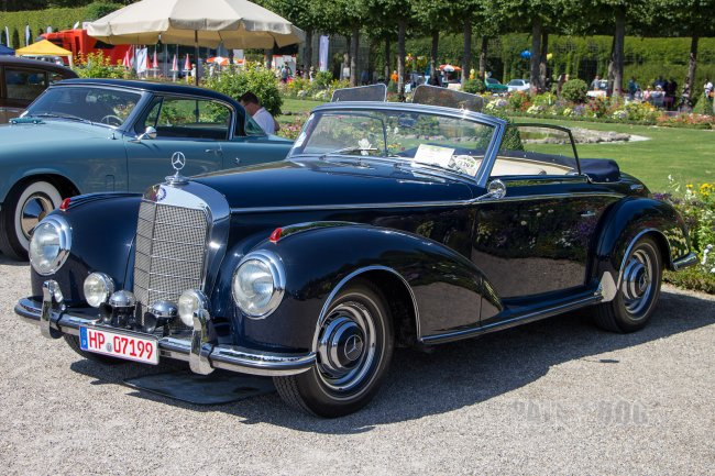 1953 Mercedes-Benz 300 S Roadster (front view)