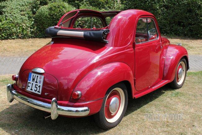 1951 fiat 500 c 39 topolino 39 rear view post war paledog photo collection. Black Bedroom Furniture Sets. Home Design Ideas
