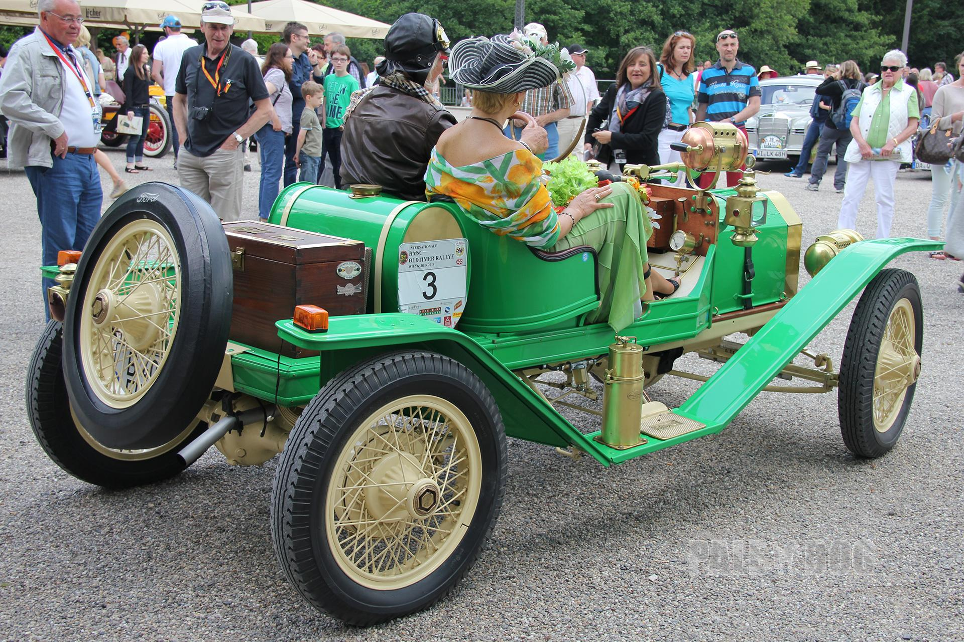 1912 ford model t speedster rear view