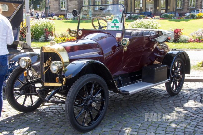 1914 Opel 6/16 PS Torpedo (front view)