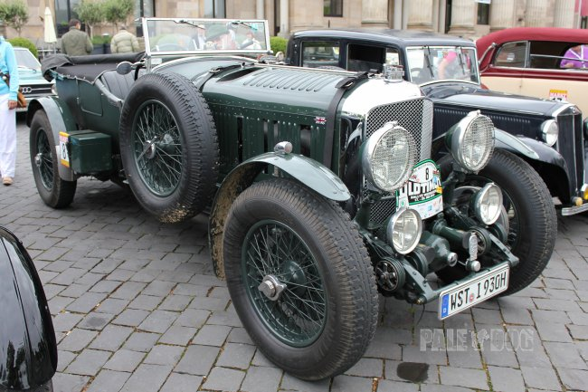 1930 Bentley Speed Six Tourer (front view)